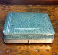 ANTIQUE EMBOSSED BLUE LEATHER PRESENTATION JEWELRY BOX PUSH BUTTON