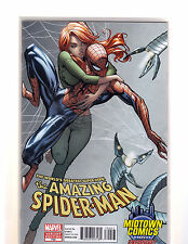 MARVEL THE AMAZING SPIDER MAN #700 CAMPBELL MIDTOWN COMICS EXCLUSIVE VARIANT