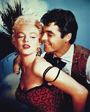 Marilyn Monroe and Rory Calhoun UNSIGNED photo - C1139 - River of No Return