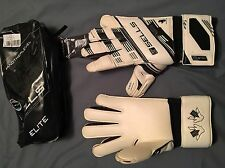 Sells VV Elite Exosphere Goalkeeper Gloves Size 9