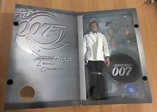Roger Moore JAMES BOND 007 Sideshow Legacy Collection 12 Inch Action Figure 30cm