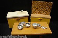 BEAUTIFUL ROOM SET 1/12th DOLLS HOUSE FURNITURE VINTAGE RETRO KITCHEN UNIT SINK