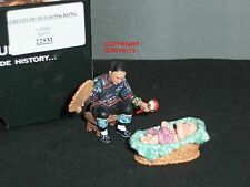 KING AND COUNTRY HK225M STREETS OF OLD HONG KONG CHINESE BABY LULLABY FIGURE SET