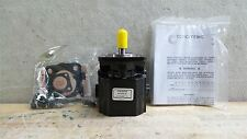 Concentric 1070049 0.517 Cu In/Rev Birotational Hydraulic Gear Pump/Motor