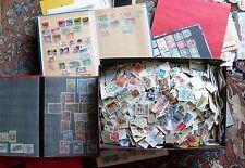 16 Briefmarkenalben und Schuhkarton voll mit Briefmarken alle Welt Nachlass
