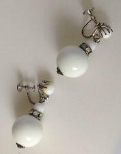 Superbes boucles d'oreilles a pas de vis perles blanches cristaux diamant /71