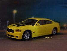 2012 DODGE CHARGER SRT8 SUPERBEE 1/64 SCALE DIECAST COLLECTIBLE DIORAMA MODEL