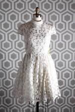 NWT Alice & Olivia Fairy Shimmery Lace Dress Cream 10 Cap Sleeve $550