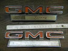 "1971-1972 GMC ""SIERRA 1500"" Schriftzüge/Fender Script,PAAR,original GM !"