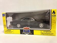 1969 Dodge Charger R/T Muscle Car Collectible Diecast 1:25,New Ray Toy Black W/B