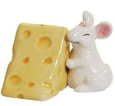 White Mouse Hugging Cheese Salt and Pepper Shakers Set MWAH shaker kitchen