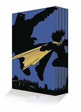 DARK KNIGHT RETURNS COLLECTORS EDITION BOX SET FRANK MILLER BATMAN COMIC SO