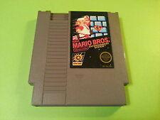 Super Mario Bros - Nintendo 8 bit NES