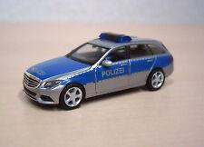 """Herpa - Mercedes-Benz C-Klasse T (S 205) """"Polizei"""" silber/blau Nr. 091770 - 1:87"""