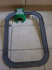 TOMY TRACKMASTER THOMAS RAILWAY ROAD CIRCIT AND BRIDGE TUNNEL