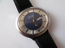 GENT'S RETRO CAL. 2182G DAY & DATE BULOVA ACCUTRON WRIST WATCH