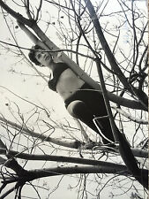 ANDRE DE DIENES PHOTOGRAPH OF MODEL IN TREES