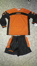TOP !  14  Design-Trikot-Sets (Trikot+Hose)  OVIEDO v. LEGEA  orange/schwarz 2XS