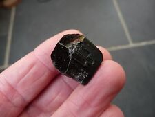 BLACK TOURMALINE CRYSTAL - PAKISTAN