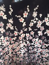 "1 MTR BLACK/WHITE BORDER FLORAL 4 WAY LYCRA STRETCH FABRIC..60"" WIDE £4.99"