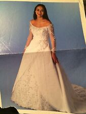 MORI LEE BEAUTIFUL PEARL WHITE WEDDING DRESS TRAIN CLEANED & PRESERVED PLUS SIZE