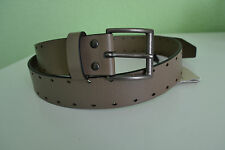 Burberry Perforated Cleydon Leather Belt  Brand new Dark Chino Size 40(100)