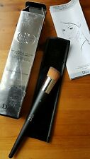 Authentic Christian Dior Backstage Fluid Foundation Brush 12 New in Box make up