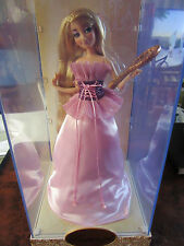 Limited Edition Designer Princess Rapunzel  Doll..Disney Store Exclusive. RARE.