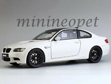 KYOSHO 08734 W  BMW M3 E92  COUPE 1/18 DIECAST MODEL CAR WHITE