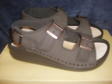 Tatami Birkenstock Nubuck Leather Sandals 40 L9 M7 ~ Nebraska Mocha/Brown~NWB