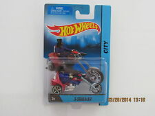Hot Wheels 2014 TRIKE 3 SQUEALER REMOVEABLE BLUE RIDER MOTORCYCLE CITY CARS BB-N