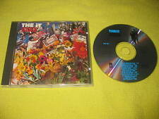 The iT On Top Of The World 1990 CD Album Deep House Dance Music EDM (BCK CD1).