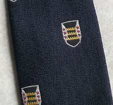 VINTAGE SHIELD CREST EMBLEM MOTIF CLUB COLLEGE TIE 1960s 1970s NAVY GOLD FORTUNE