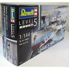 Revell 1:144 05132 Flower Class Corvette  Model Ship Kit