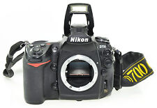 Nikon D D700 12.1 MP SLR-Digitalkamera Gehäuse (Body) in OVP