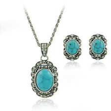Vintage Jewelry / Jewellery Set Turquoise Stud Earrings and Necklace VS1