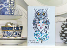 Diosa de noches de invierno, el uso de un Búho Con Tocado tatuaje hecho a mano de tarjetas de Navidad