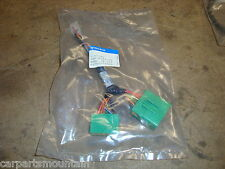 NEW GENUINE VOLVO PHONE LEAD PART NO:30618198 FITS S40 MODELS++BRAND NEW++