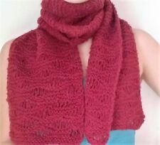 sciarpa invernale, fatta a mano ai ferri rosso