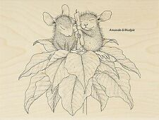 HOUSE MOUSE Christmas Poinsettia Wood Mounted Rubber Stamp STAMPENDOUS HMR41 New