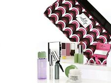 Clinique One Of A Kind Milly Colour And Care Bag 8-Piece Gift Set