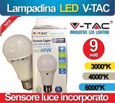 LAMPADINA LAMPADA LUCE LED 9W SENSORE CREPUSCOLARE MOVIMENTO AUTOMATICA FREDDA