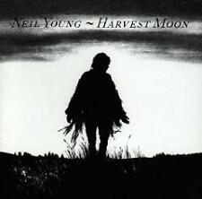 CD    NEIL YOUNG HARVEST MOON