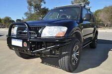 Mitsubishi Pajero NP XROX BAR , COMP BAR, ADR, AIR BAG WINCH bullbar