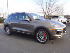 Porsche: Cayenne Turbo