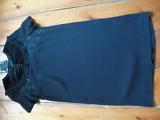 BNWT THE KOOPLES BLACK DRESS, XS, 6-8. VELVET COLLAR.