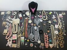 Huge Lot Costume Jewelry Modern Retro Rings Necklaces Earrings Bracelets PROM