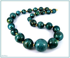 LOVELY BLUEY GREEN MARBLED EFFECT CHUNKY BEAD NECKLACE.