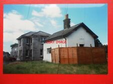PHOTO  LLANDOVEY RAILWAY STATION 1989 NOW A PRIVATE HOUSE