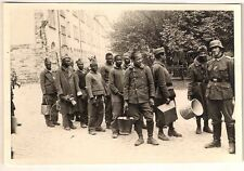 German Wehrmaht  soldiers and POW - Original photograph